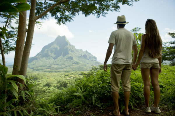 Couple watching the view on the Rotui mount in Moorea